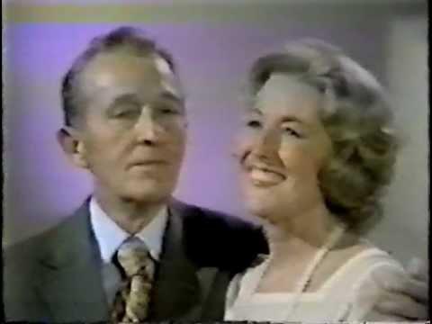 "Bing Crosby & Vera Lynn - ""Sing"""