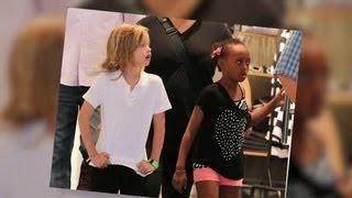 Shiloh Jolie-Pitt Looks All Grown Up On Shopping Trip in New York | Splash News TV