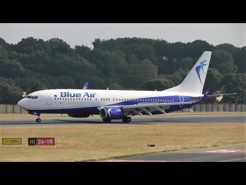Plane Spotting at London Luton Airport, Sunny Summer's afternoon   13-07-18