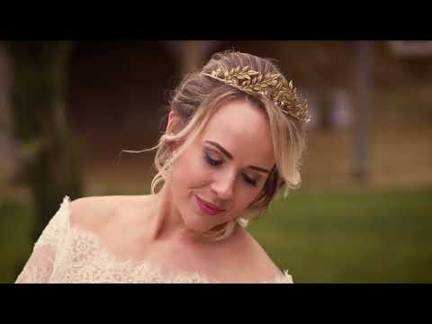 Symondsbury Tithe Barn | Wedding Photo Shoot