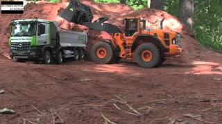 RC Wheel Loader and RC Dump Truck - Great RC Fun!