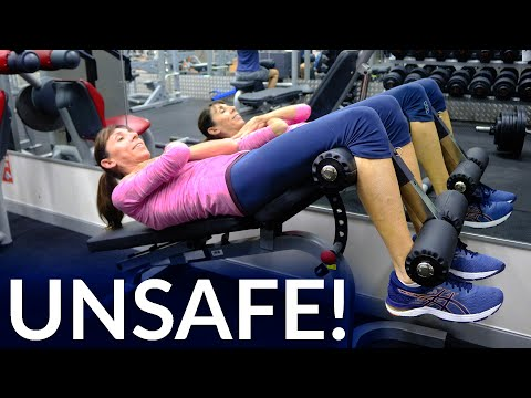 Unsafe Abdominal Exercises for Prolapse or After Hysterectomy – Physical Therapist Demonstration