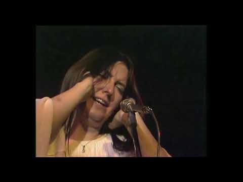 Download Steeleye Span - Saucy Sailor live in 1974 on Swiss TV