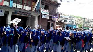 Student of govt. girls higher secondary school kargil protests against bandipora rape...