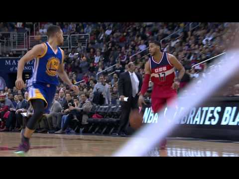 John Wall And Stephen Curry Duel In D.C.