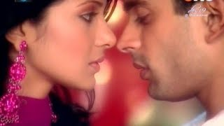 love scene very romantic Dil Mil Gye 😙💞💞