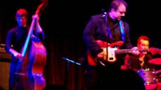 "Raul Malo ""It Only Hurts Me When I Cry"" NYC Dec"