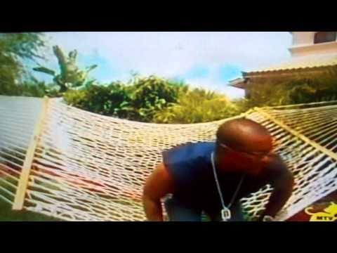 Ty law falls through hammock on mtv cribs