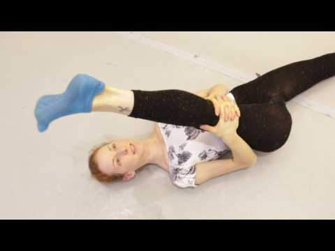 yoga moves reduce foot injury with fleet feet exercise