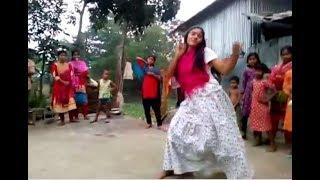 গ্রামের মেয়ের নাচ দেখে কাপড় নষ্ট | New Bangla Village Hot Dance || bd girl dance || Full HD