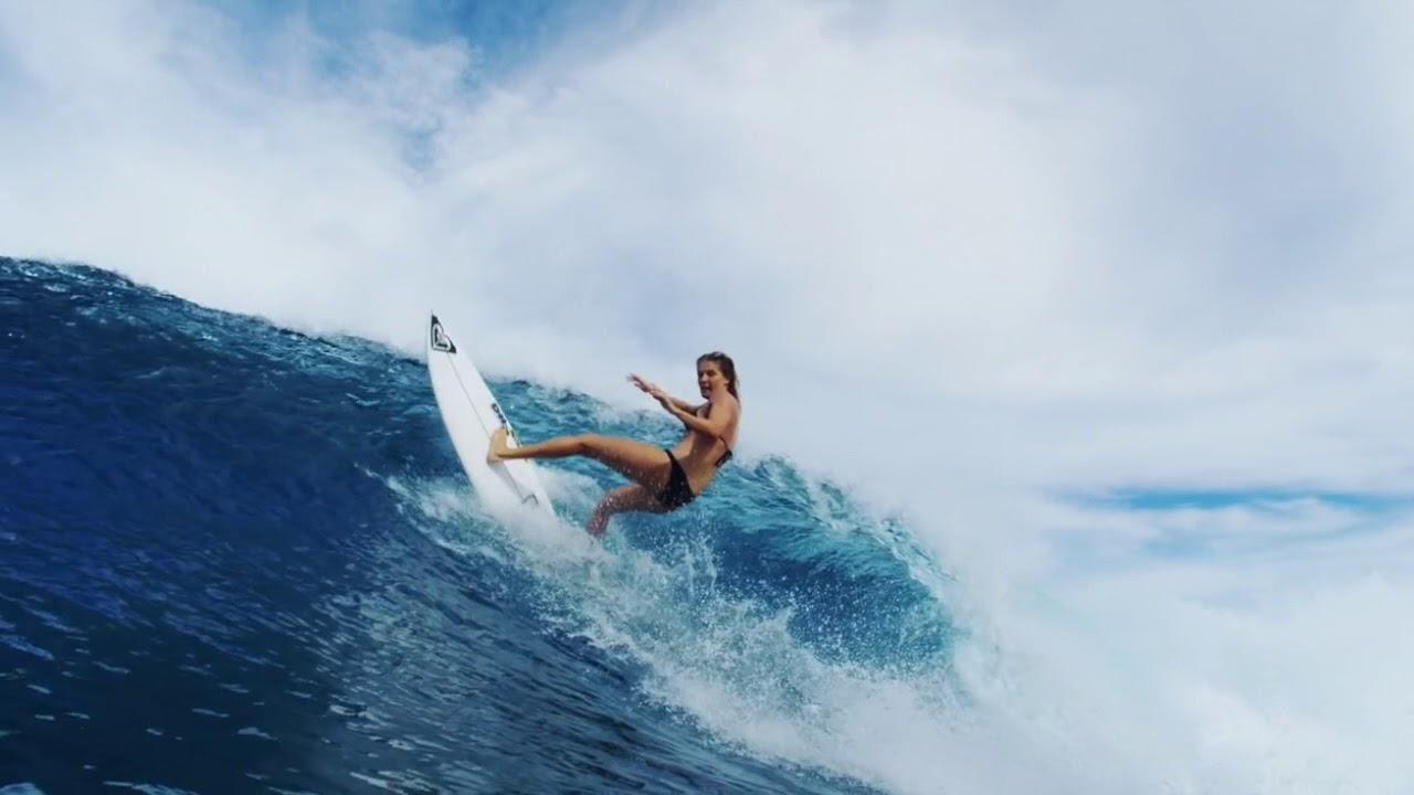6 Of The Best Women Surfers