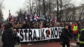 Pologne: manifestation contre un projet de loi anti-avortement