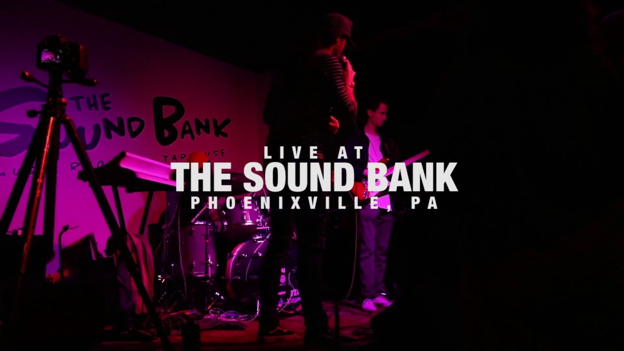 "Luke O'Brien - ""Listening"" Live at The Sound Bank"