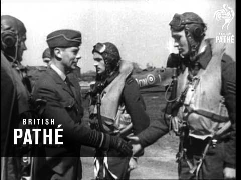 The King Visits Fighter Pilots (1942)