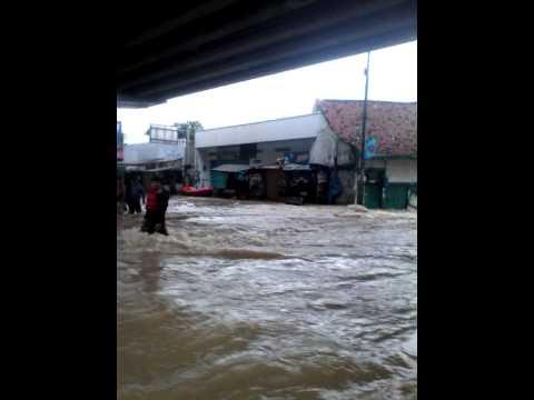 Download Abenk film banjir