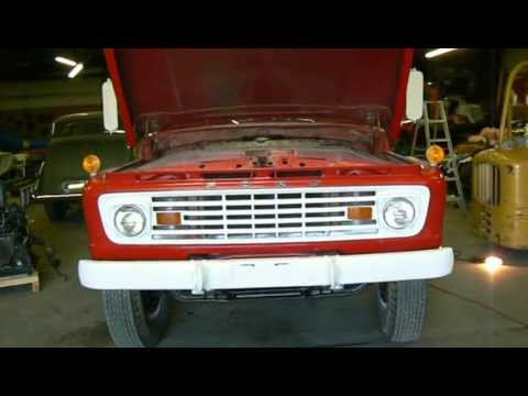 SOLD 1963 Ford F750 fire truck cold start