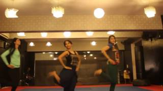 Very easy dance step on Chittiyan kalaiyan song very well dance performance full song steps