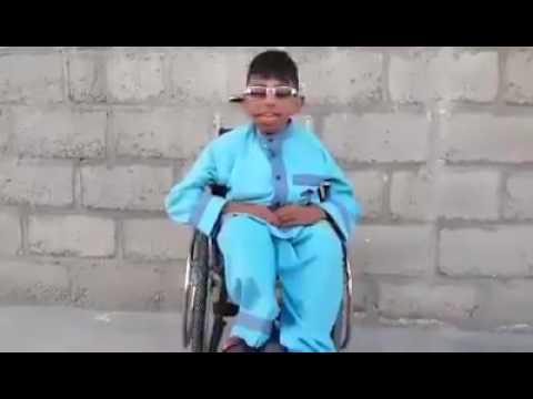 صدای این پسر معلول واقعا زیبا است