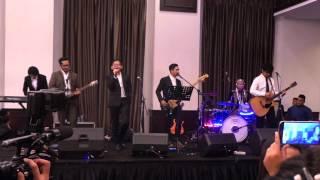 Video SamsonS - Dengan Nafasmu (Special Performance at Konde-Iput Wedding 12 Maret 2016 ) download MP3, 3GP, MP4, WEBM, AVI, FLV Maret 2018