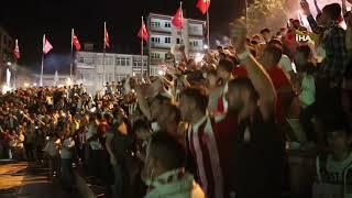 Sivasspor taraftarı, UEFA maçını dev ekranda izled
