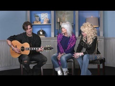 Waylon zingt Mama's Hungry Eyes met Dolly en Emmylou - RTL LATE NIGHT