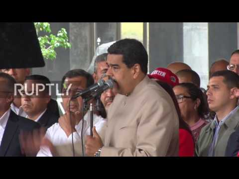 Venezuela: People to decide country's destiny - Maduro signs decree to rewrite constitution