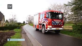 Brandweer bevrijdt vastzittende ree in hekwerk Oenerweg Heerde - ©StefanVerkerk.nl