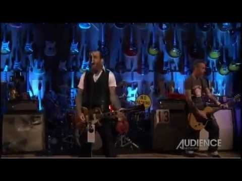 Social Distortion - Story Of My Life (Live 2011)