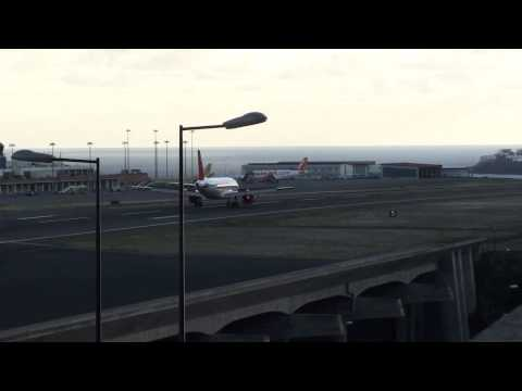 best-madeira-airport-easyjet-airbus-a320-landing-at-runway-23-full