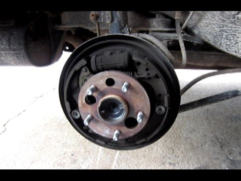 1999 toyota corolla rear wheel bearing