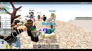 VIP Party At Waterpark! (Roblox,Robloxian Waterpark)