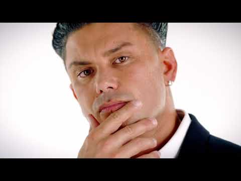"""A first look at """"A Double Shot At Love with DJ Pauly D and Vinny."""""""
