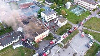 Pożar hali zakładów mięsnych (obecnie hurtownia kwiatów) ŚMIERĆ DWÓCH STRAŻAKÓW Białystok 25.05.2017 2017 Video