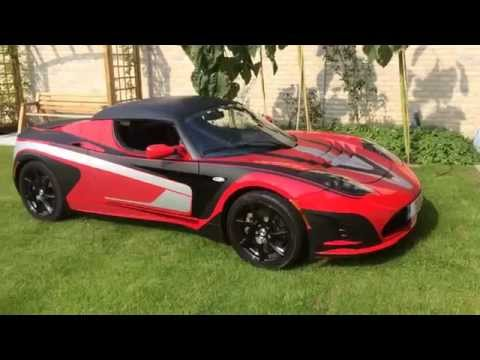 Tesla Roadster - Solar powered