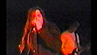 Watch Kyuss 100 Degrees video