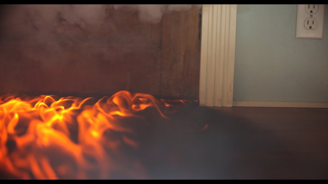 & How to Get the Under the Door Fire Effect from \u0027Backdraft\u0027 - YouTube