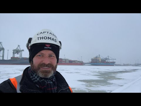 Maersk Captain Thomas live from Kotka, Finland