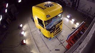 Как испытывают грузовые машины | Краш тесты Volvo, Scania