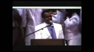 Walter Hawkins homegoing with Carlton Pearson