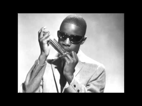 Stevie Wonder's Harmonica Solo (1985, Eurythmics - There Must Be An Angel)
