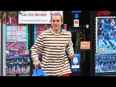 EXCLUSIVE - Justin Bieber