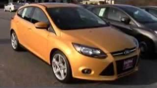 2012 Ford Focus Titanium Hatchback Revie...