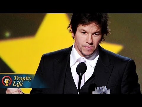 Mark Wahlberg Accepts 2 Awards for Lone Survivor at Critics