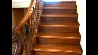 Как сделать лестницу с резным столбом.