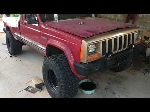 JEEP COMANCHE BUILD : INCREDIBLE TRANSFORMATION ALL FROM A DRIVEWAY