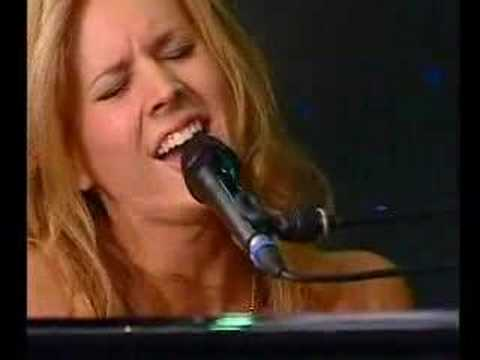 Lucie Silvas - Nothing Else Matters (Live@The Voice Concert)