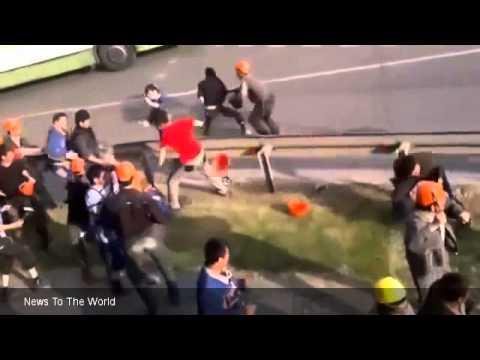 Tajiks and Uzbeks Fight in the Streets | RAW FOOTAGE