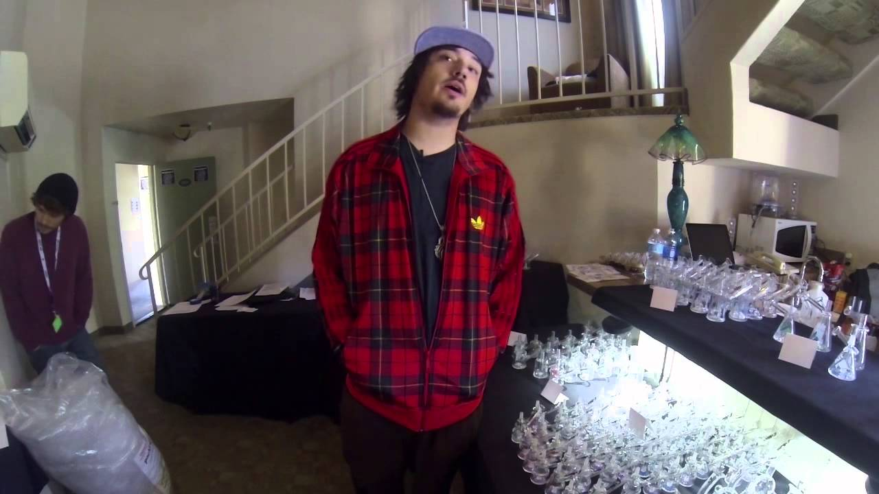 Interview With Doug Of Hitman Glass Glass Artist Insights Youtube