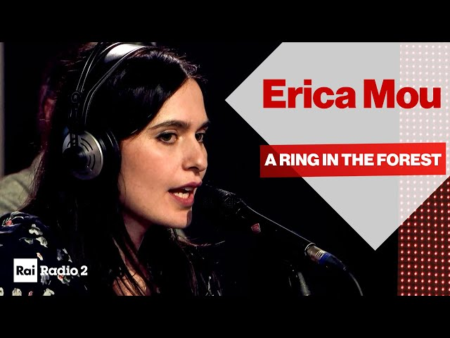 ERICA MOU dal vivo a Radio2 Social Club - A RING IN THE FOREST
