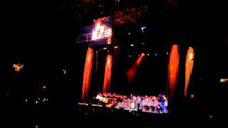 Barry Manilow - I write the Songs - Toronto, August 26, 2011